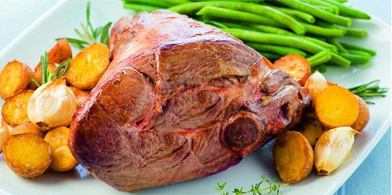 Gigot d'agneau aux légumes de printemps